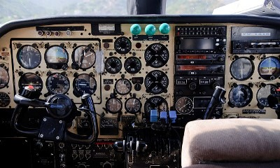 cockpit los roques flight