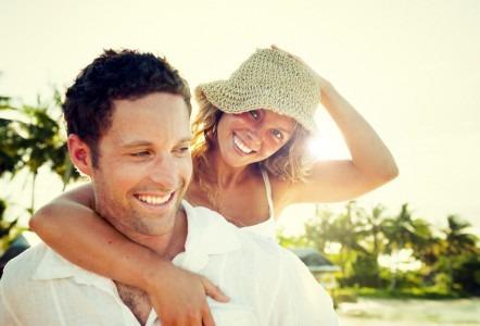 Los Roques Honeymoon couple