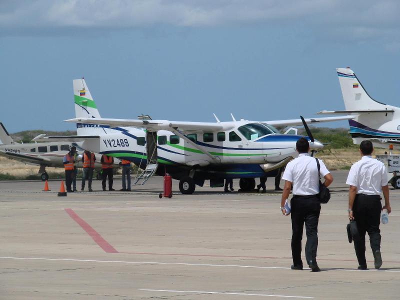 Flights to Los Roques